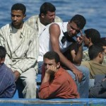 Immigrati, oltre 800 sbarcati in Sicilia nelle ultime 24 ore